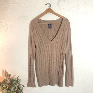 AEO deep V neck chunky cable knit sweater